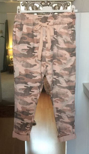 Sweatpants - Joggers - Camouflage - Baby Pink & Grey